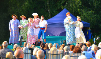 CELEBRATING 10 YEARS OF  OUTDOOR THEATRE AT LYTHAM HALL
