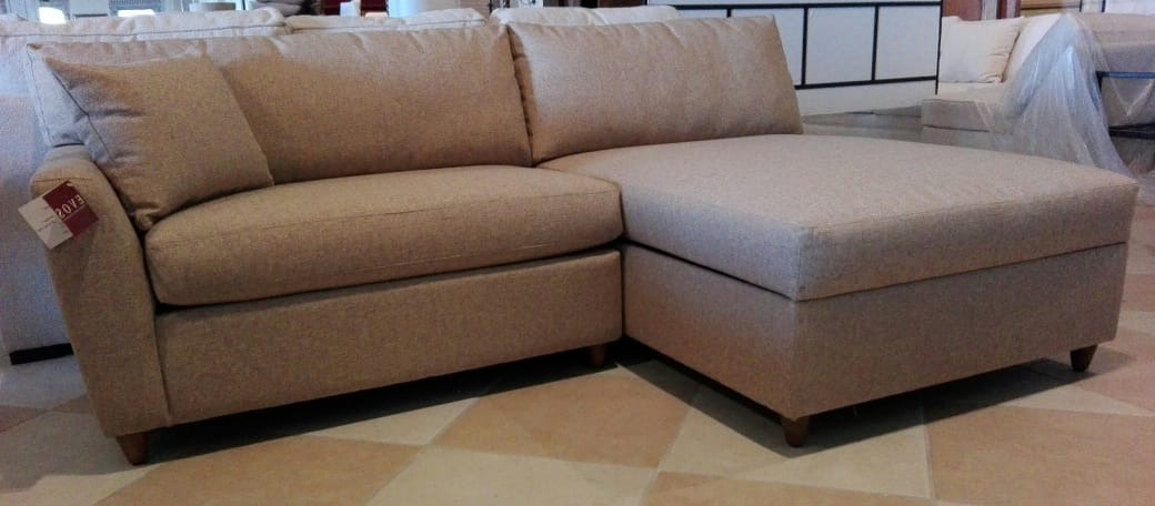 Sectional 871 LAF Lovesat and armless chaise