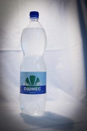 Минеральная вода Ошмес 1.5л газ. п/б