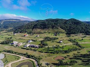 Terreno a venda no Condomínio Costa da Serra