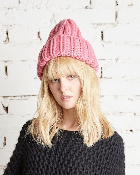 LOV hat