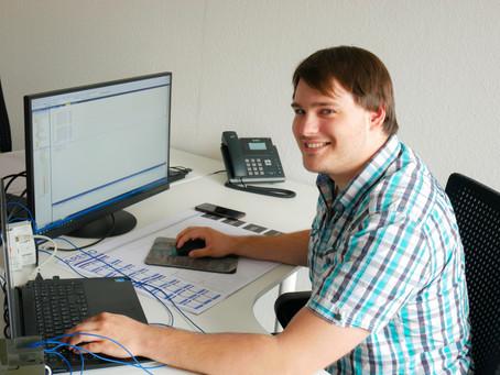 Arbeiten bei Arend (07/18): Praktikant Ben in der Robotik-Abteilung
