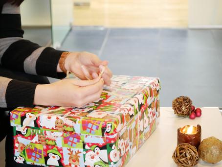 Arend hilft: Weihnachten im Schuhkarton