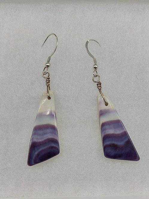Stylized triangle earrings