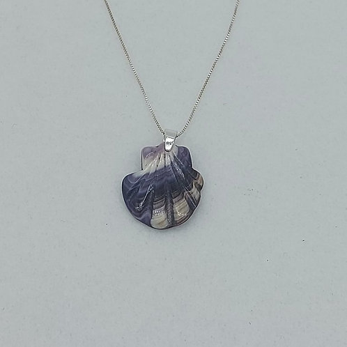 Wampum scallop necklace