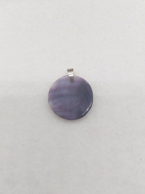 Round pendant with silver bail