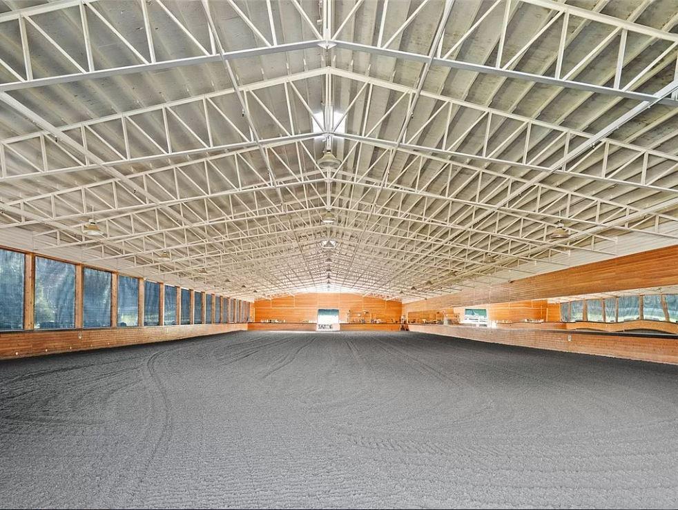 arena01.JPG
