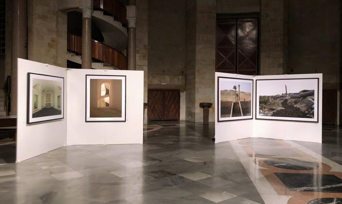 """Laboral Ciudad de la Cultura. """"Rêver le noir, rêver une absence"""", series Rutas negras, Edera y L'architecture des arbres. Gijón, 2017"""
