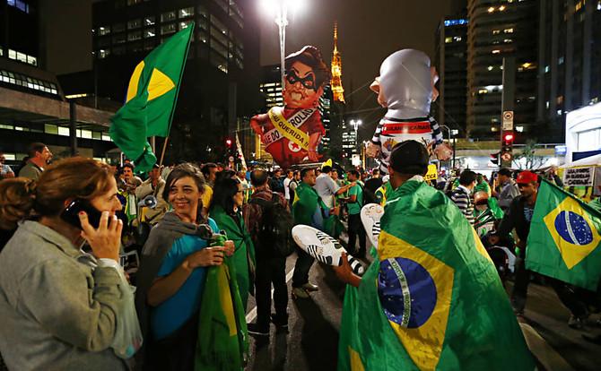 Livro busca entender oscilações recentes da democracia brasileira