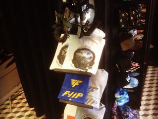 Découvrez les t-shirts FYIP à Laboutik Lorient, premier distributeur de la marque !