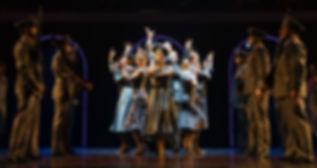Evita-9-ensemble.jpg
