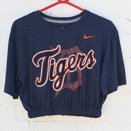 Cropped Nike Tigers t Shirt