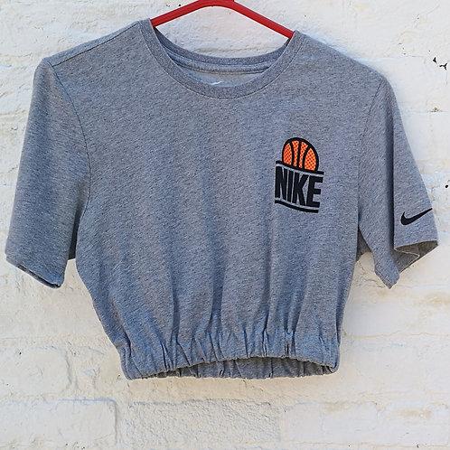 Cropped Nike t Shirt