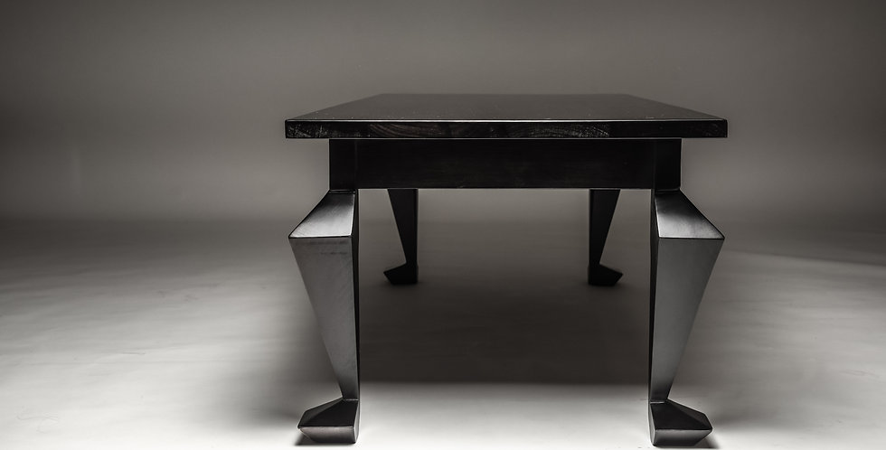 Queen Anne Cocktail Table High‐Rectang