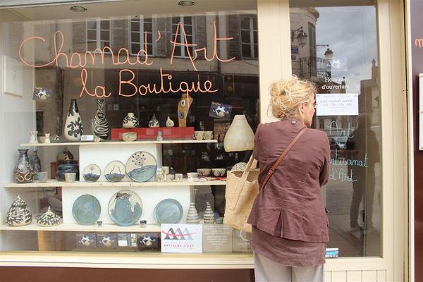 vitrine boutique.jpg