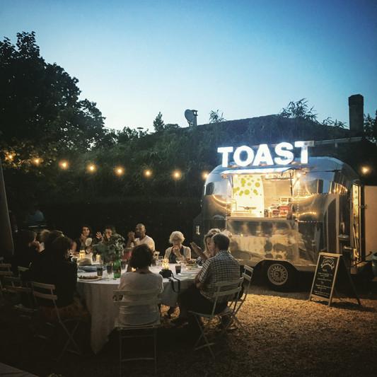 toast food truck