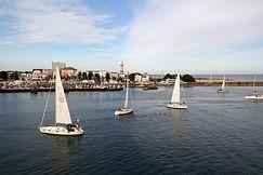 Segelboote im Hafen von Rostock