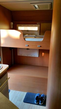 Etagenbett hinten im Challenger