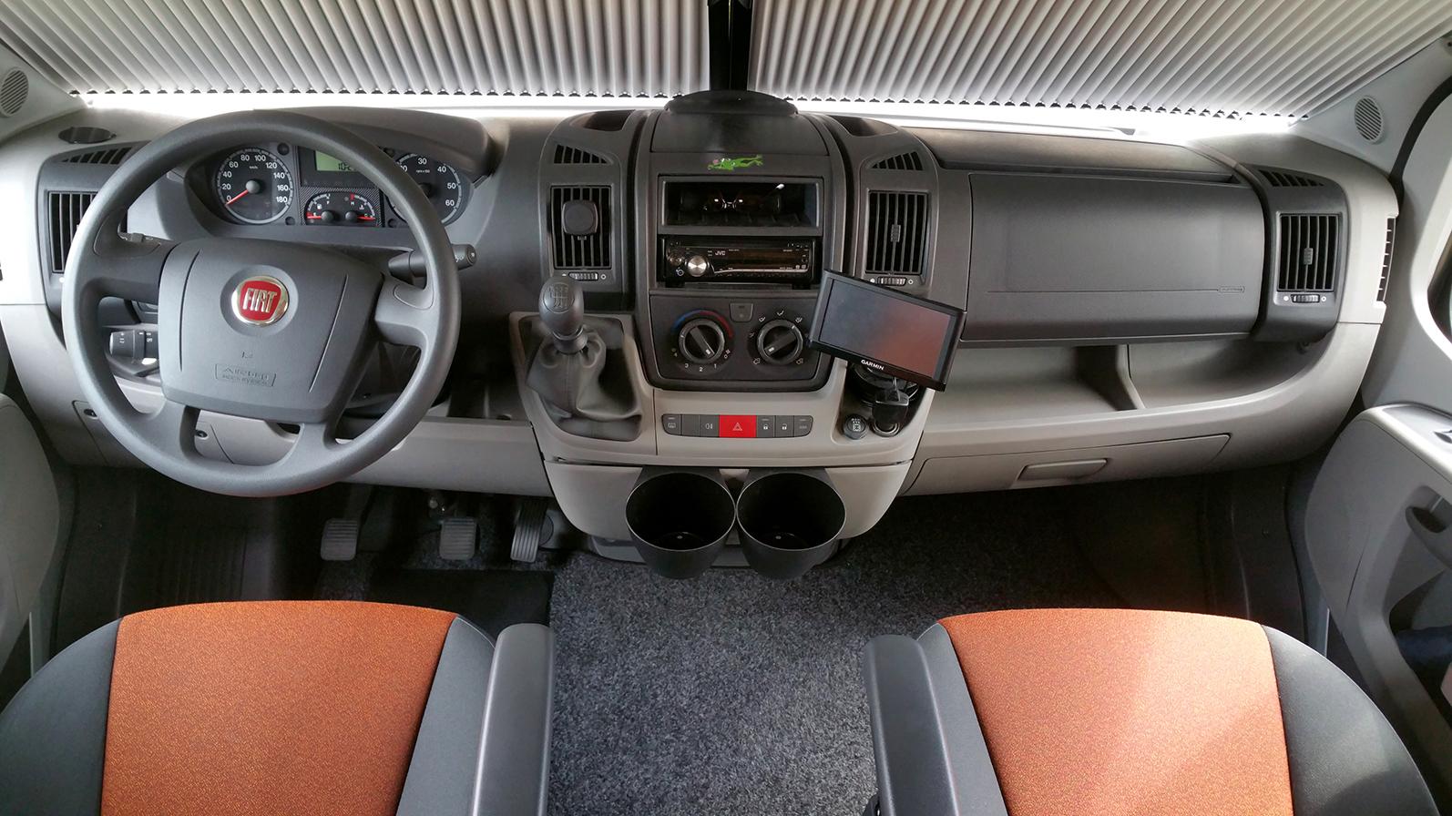 das Fahrerhaus - Fiat, Challenger