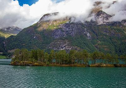auf dem Weg nachNordfjordeid
