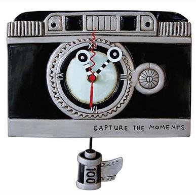 Camera Pendulum Clock