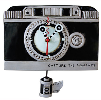 Camera Pendulum Clock
