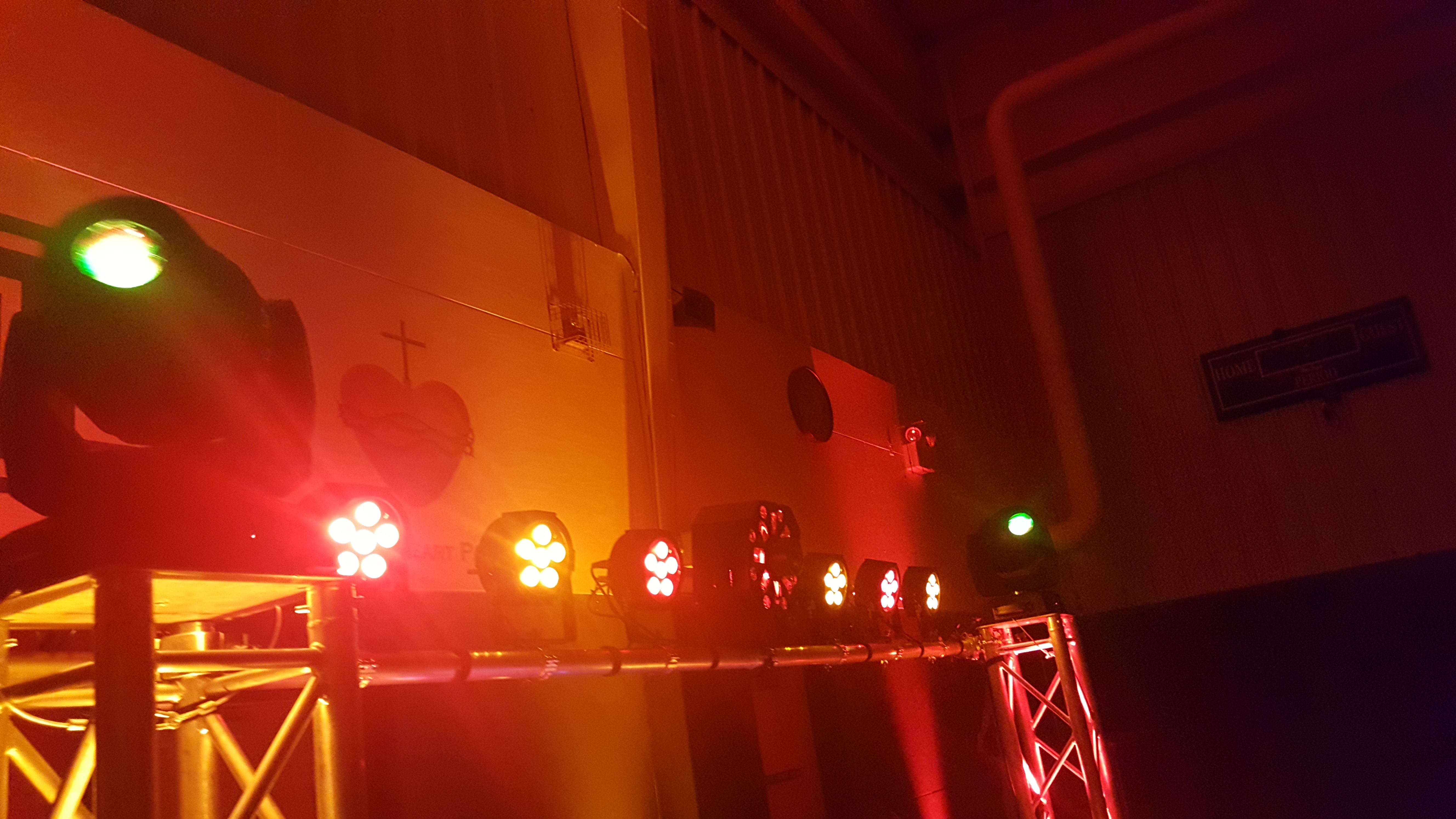 Moving Head Fixtures - Par Lights