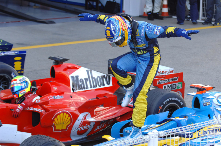 Alonso's penchant for the theatrical: Victory in Japan in 2006.