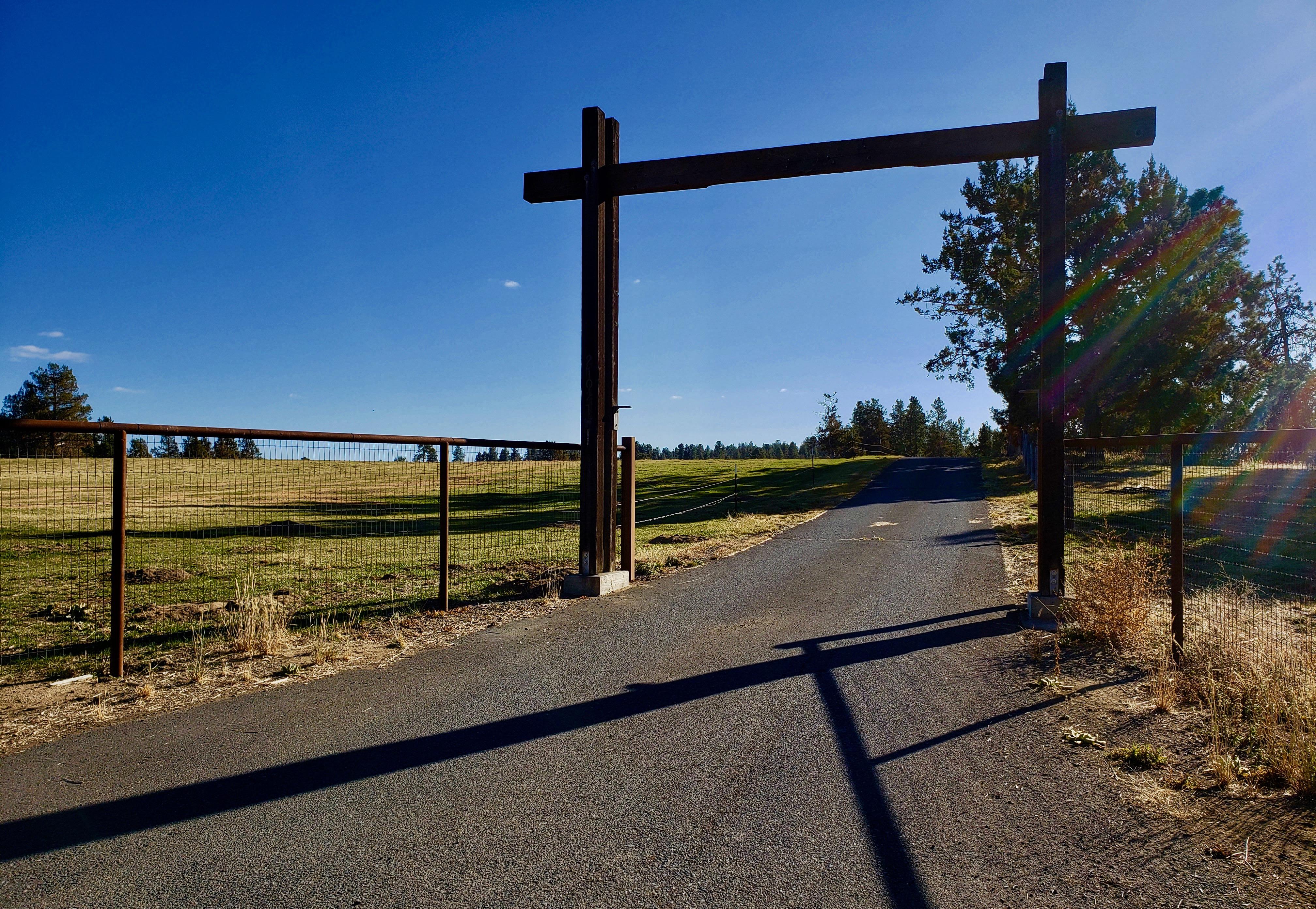 Gate Photo (1)