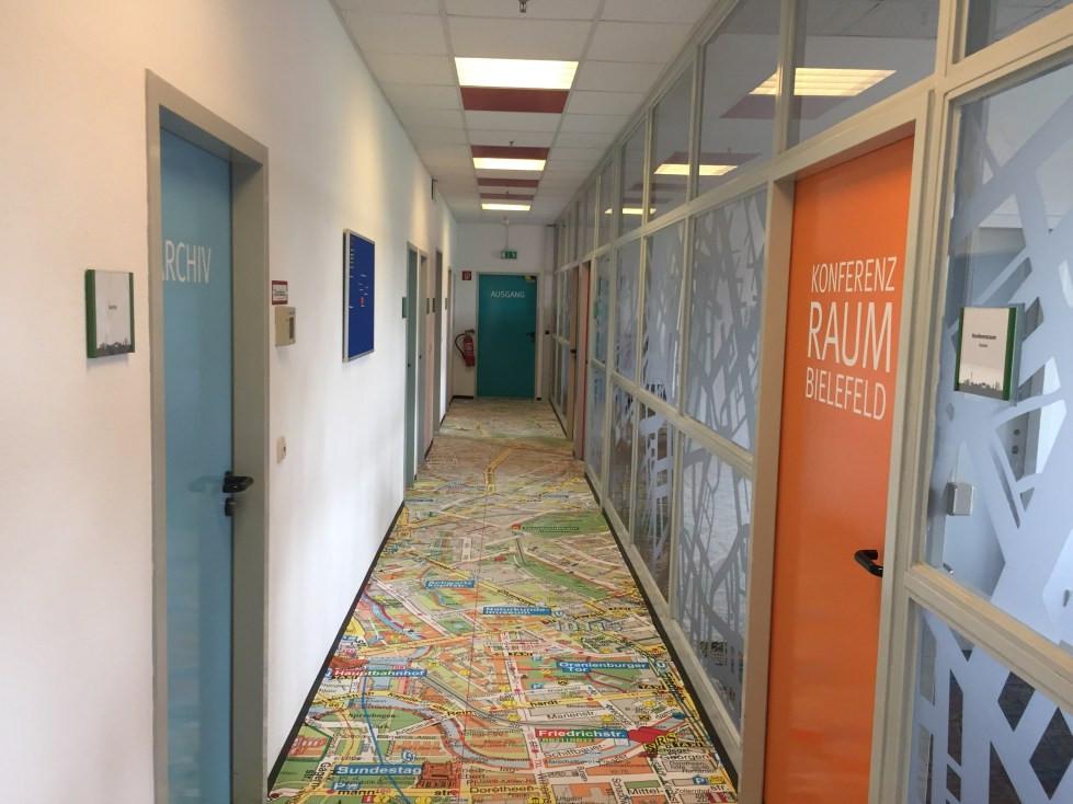 Türen, Decke & Glaswand