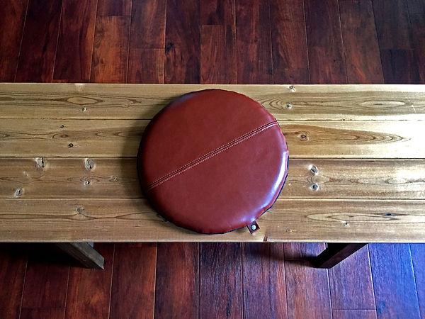 本革座布団クッションの使用するレザー