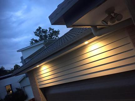 Outdoor feature lighting