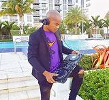 DJ hyvyb Jean _edited.jpg