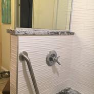 robinson bathroom 3.JPG
