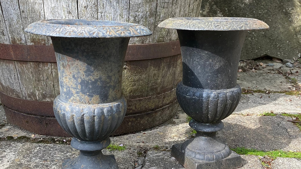 A Pair Of Antique Weathered Cast Iron Garden Campana Urns / Planters