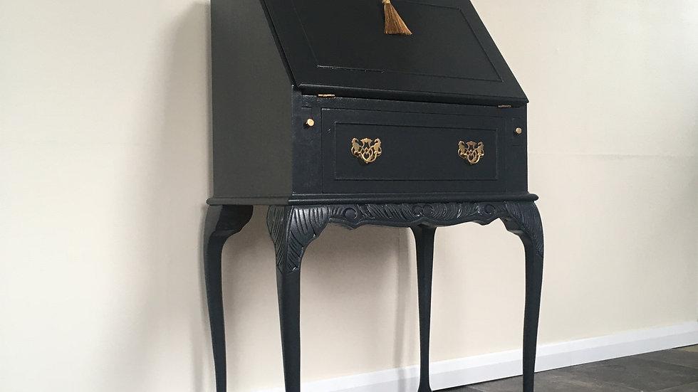 Elegant Vintage Painted Ladies Writing Bureau / Writing Desk