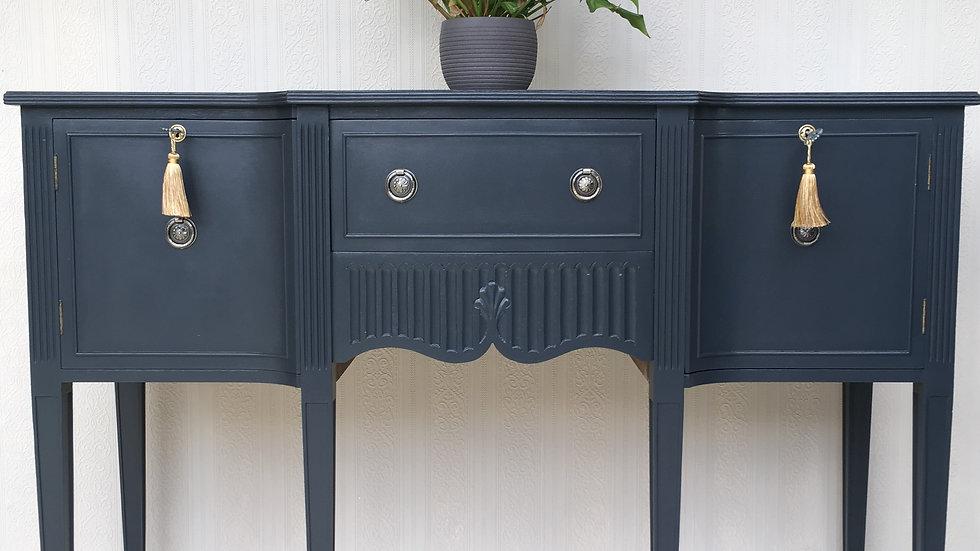 Elegant Vintage Georgian Style Painted Bevan Funnell Reprodux Sideboard