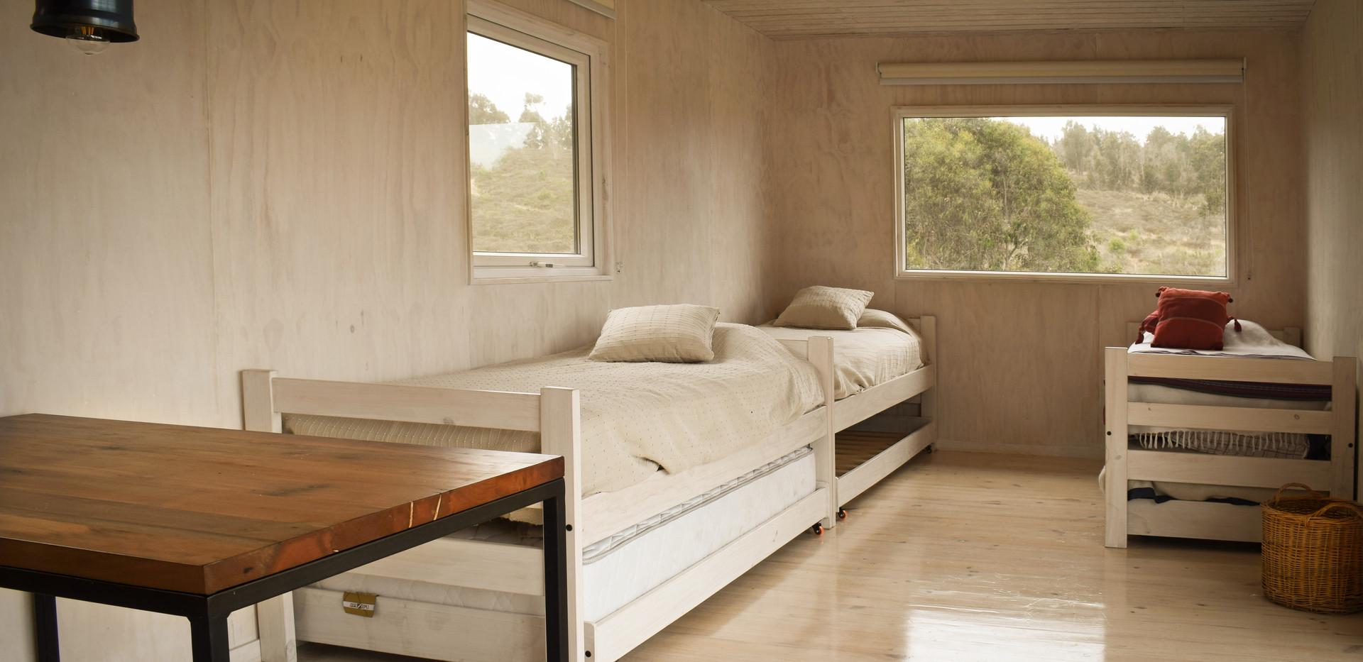Interior dormitorio.