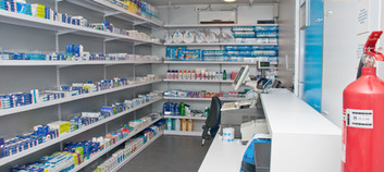 interior 3 farmacia movil salcobrand.jpg