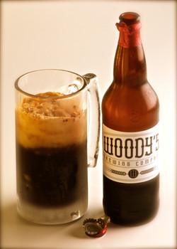 Product Photography Woody's Beer
