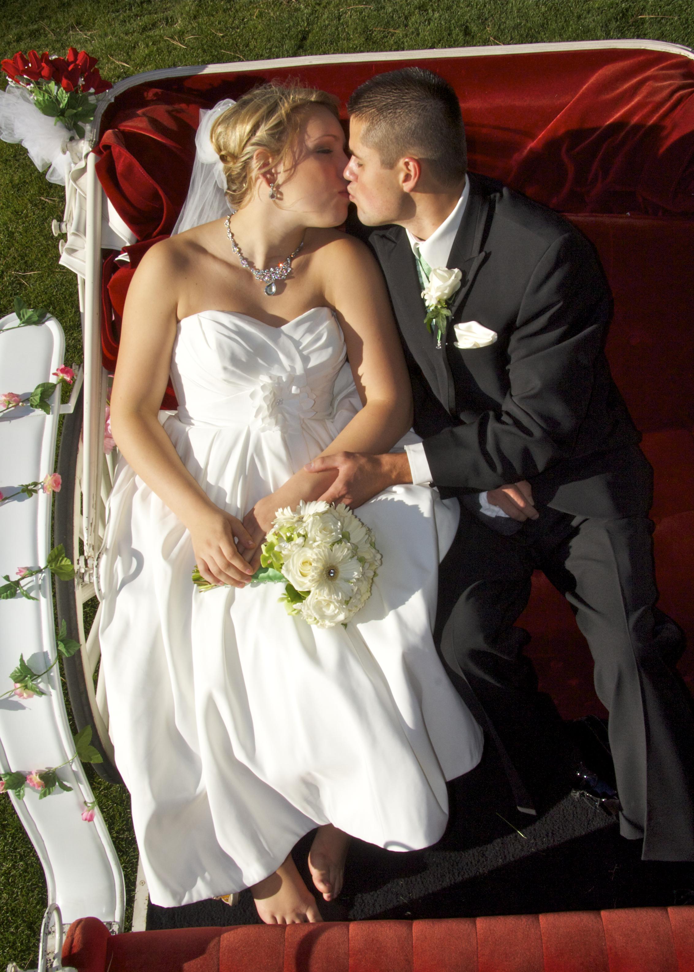 Wedding Photographer Bride and Groom063.