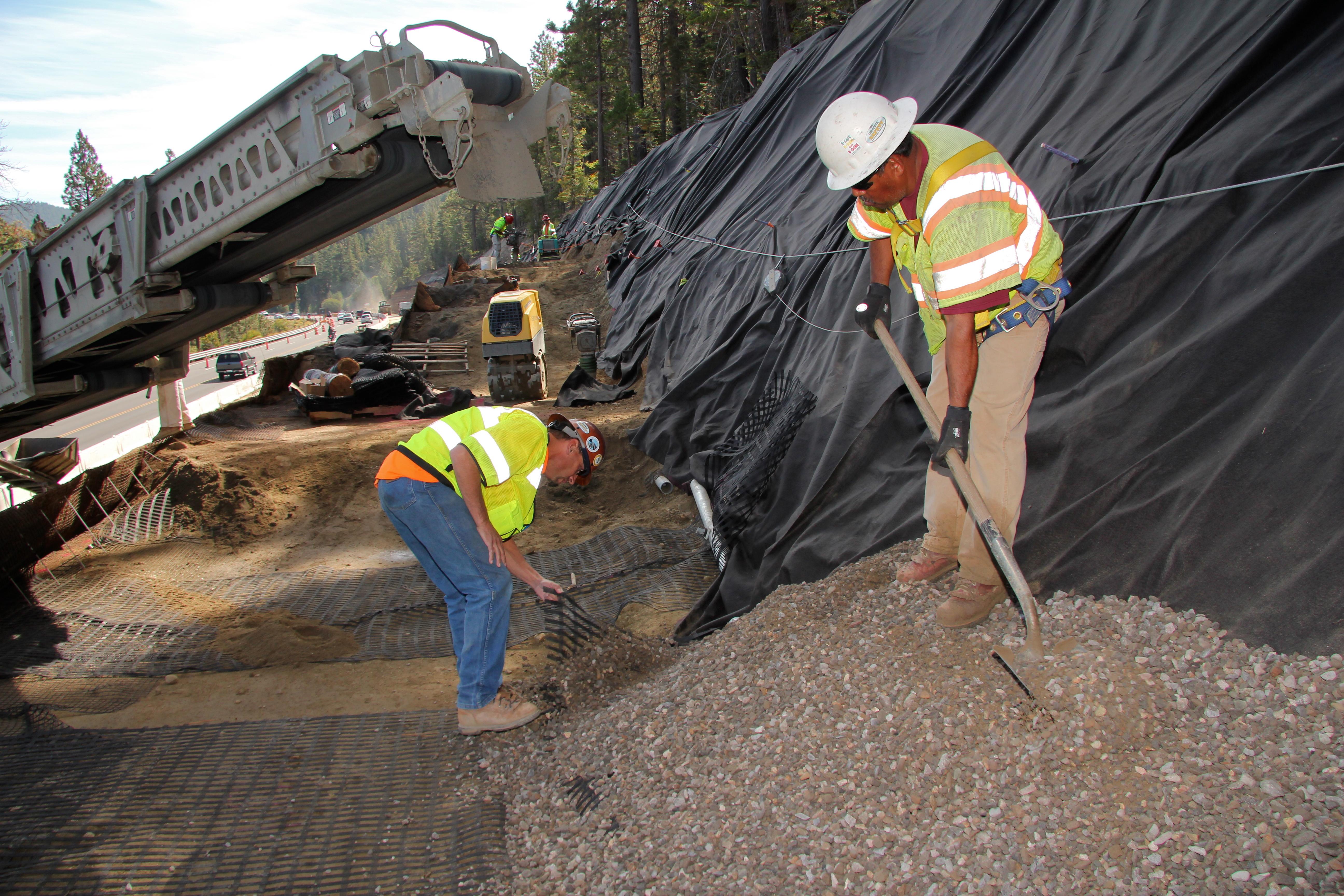 Strata Construction 0895