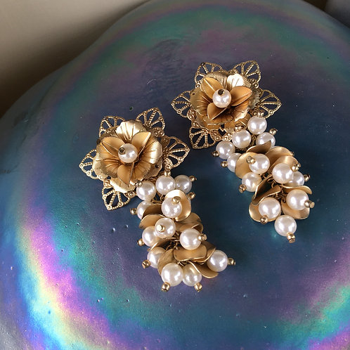 Golden Flower Cluster Pearl Earrings