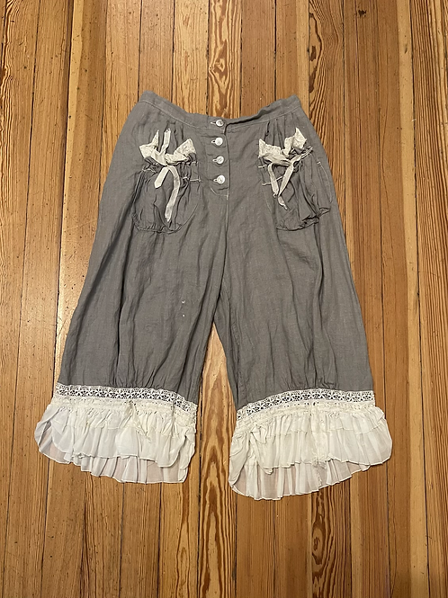 Magnolia Pearl Gray Linen and Lace Bloomers