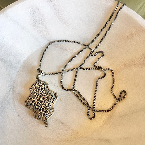 Kendra Scott: Pewter Lattice Necklace