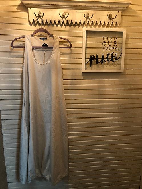 Karen Klein: Beige Dress + Pockets!