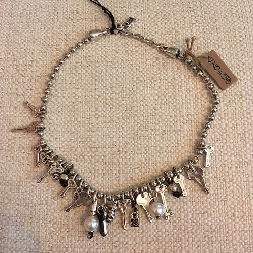 Uno de 50 Pearls+Key Charms Necklace