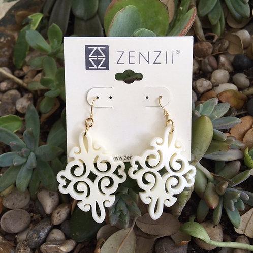 Zenzi Lightweight Earrings in White