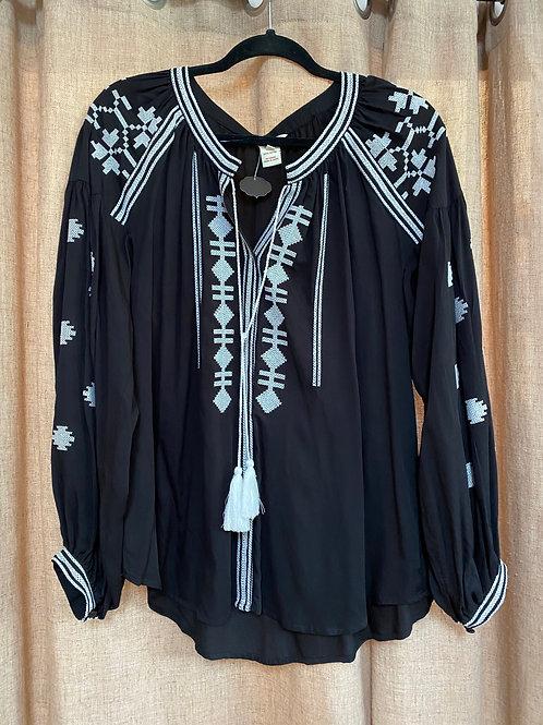 Sundance Black+White Embroidered Blouse