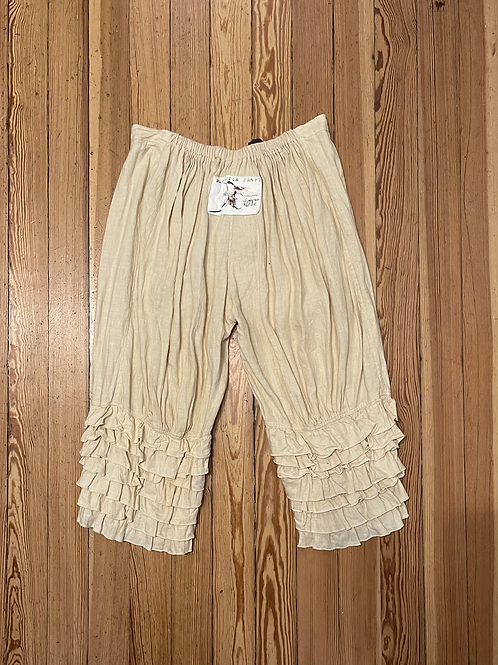 Magnolia Pearl Love Linen Bloomers In Creamy Yellow